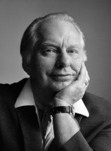 L. Ron Hubbard – Humanista, filozof a umelec
